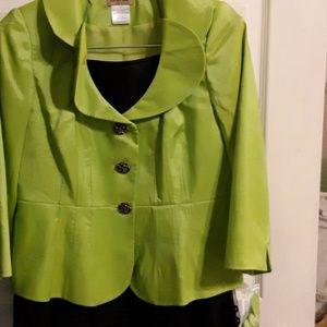 0e5009b24d0 2 piece suit size 8 brand new